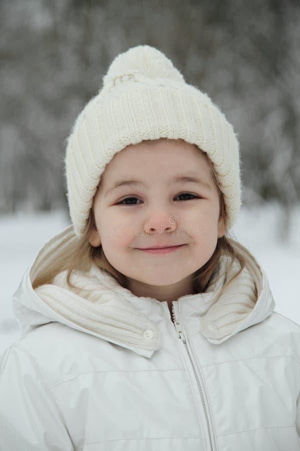 Download Dziewczyny trochę biel zdjęcie stock. Obraz złożonej z zabawa - 13333038