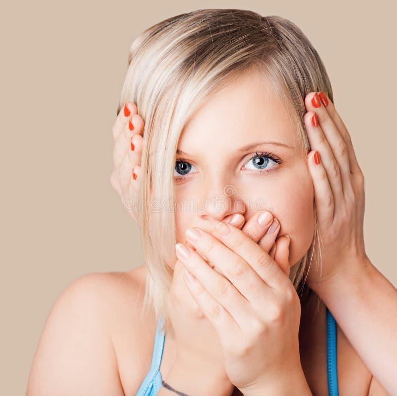 dziewczyny zamknięty uszaty usta obrazy stock