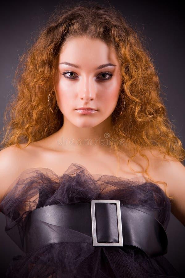 dziewczyny zmysłowy z włosami czerwony obraz royalty free