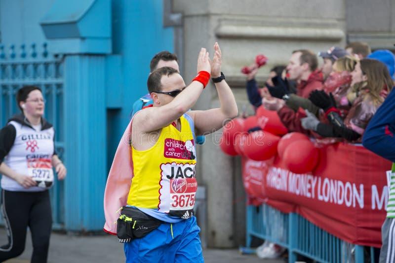 Dziewiczy pieniądze Londyn maraton 24th 2016 Kwiecień obrazy royalty free