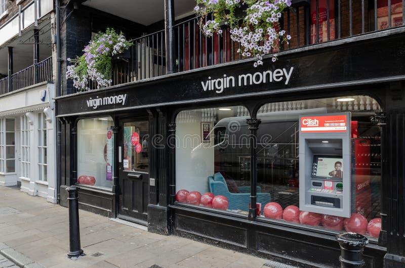 Dziewiczy pieniądze sklep w Chester centrum miasta zdjęcia stock