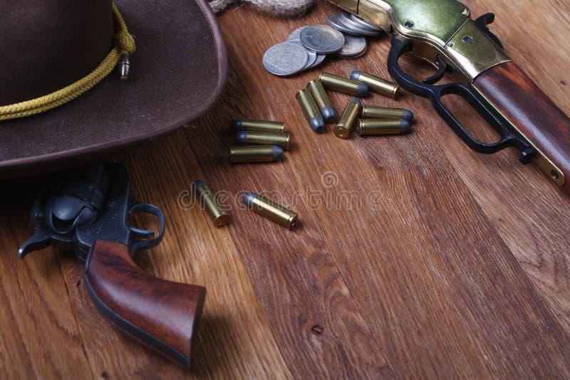 Dziki zachodni kolt i amunicje obrazy royalty free
