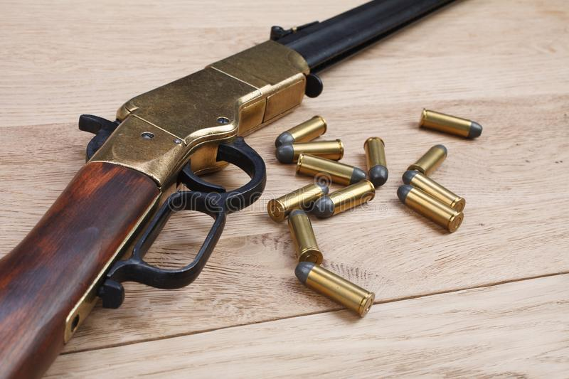 Dziki zachodu pistolet z cyklami zdjęcia royalty free