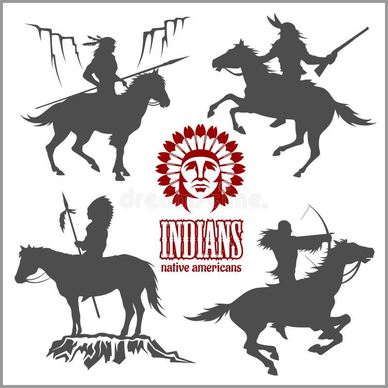 Dzikie zachodnie sylwetki - rodowitych amerykan wojowników jeździeccy konie ilustracja wektor