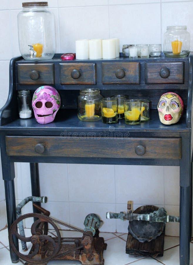 Dziwaczna narożnikowa łazienki półka zdjęcia stock
