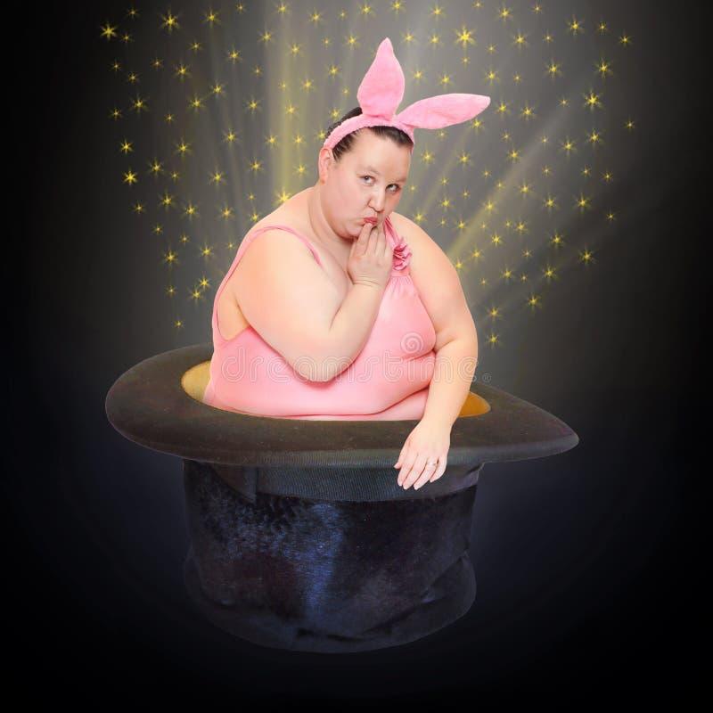 Dziwaczny królik w magika kapeluszu obraz royalty free