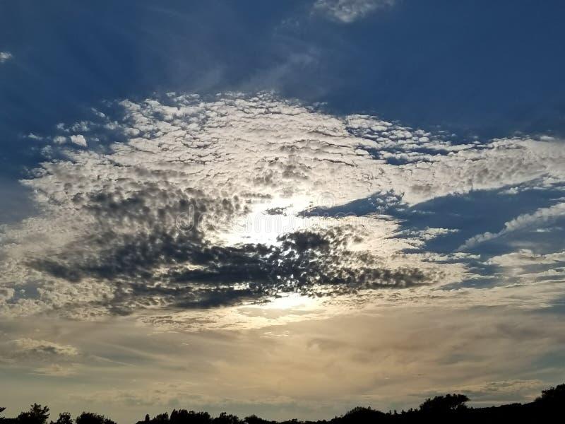 Dziwny chmura wzór w górę północy fotografia stock