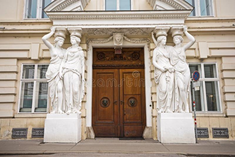 Dzwi wejściowy Palais Pallavicini w Wiedeń obrazy stock