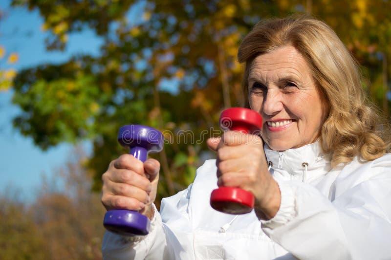 dzwon kobieta niema starsza obraz stock