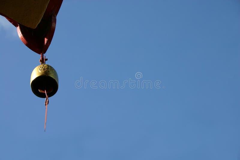 Download Dzwonkowa temple dłoni obraz stock. Obraz złożonej z świątynia - 36617