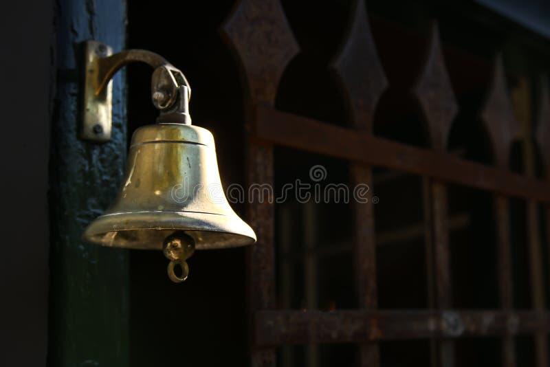 dzwonkowy drzwiowy stary zdjęcia stock
