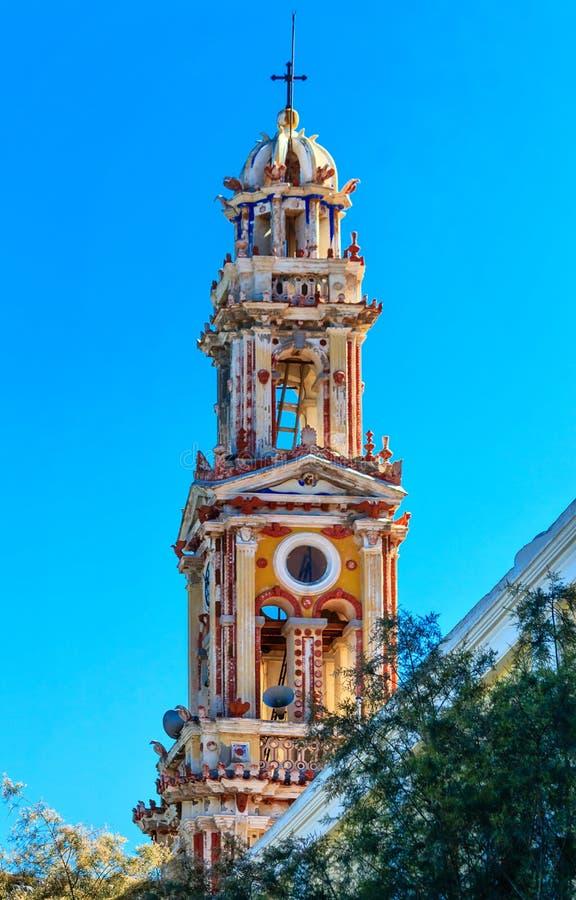 Dzwonkowy wierza monaster Panormitis na wyspie Symi, Grecja zdjęcia royalty free