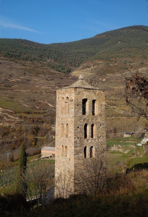 Dzwonkowy wierza Sant Marti kościół, Bescaran, Alt Urgell, Lleida prowincja, Catalonia, Hiszpania zdjęcie royalty free