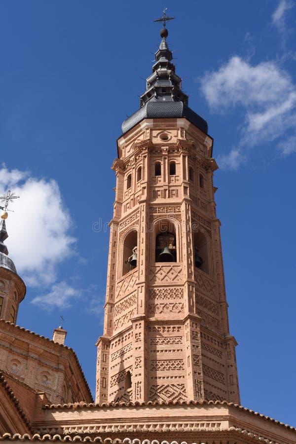 Dzwonkowy wierza Uczelniany kościół Santa Maria losu angeles Mayor, obraz royalty free