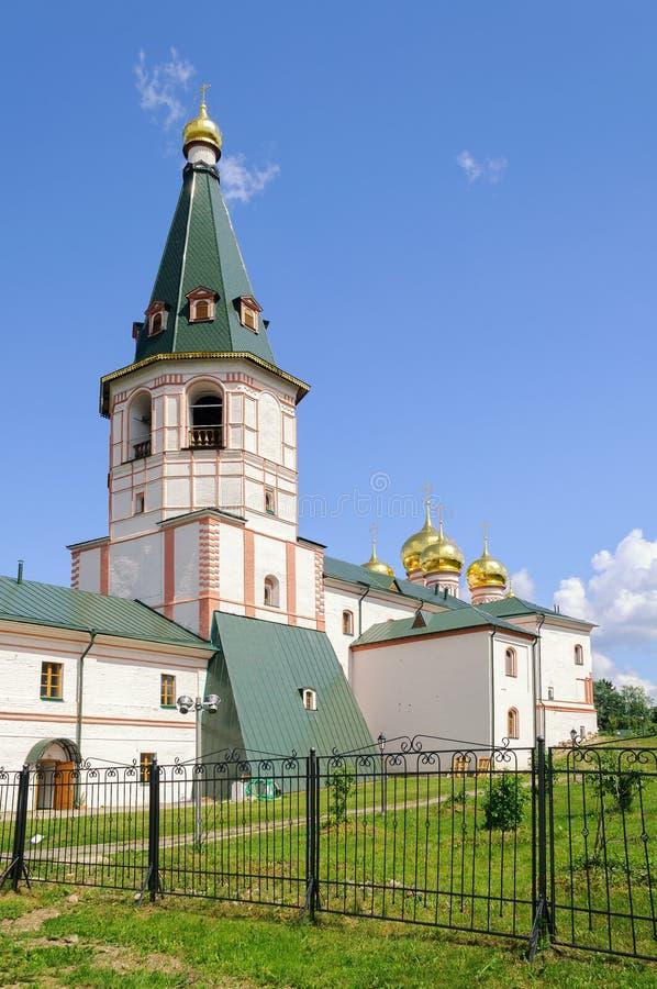 Dzwonkowy wierza Valdai Iver monaster w Valdai zdjęcie royalty free