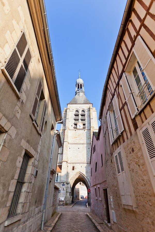 Dzwonkowy wierza (XVI c ) notre damae Du Val w Provins, Francja zdjęcia stock