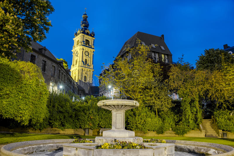 Dzwonnica Mons w Belgia. obraz royalty free