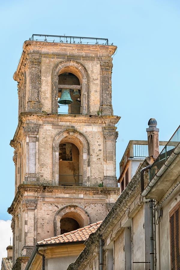 Dzwonnica w mieście Vibo Valentia, Włochy zdjęcie stock