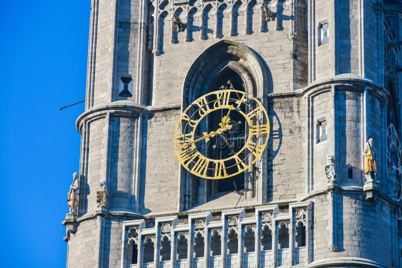 Dzwonnicy wierza z zegarem w Ghent, Belgia obraz royalty free