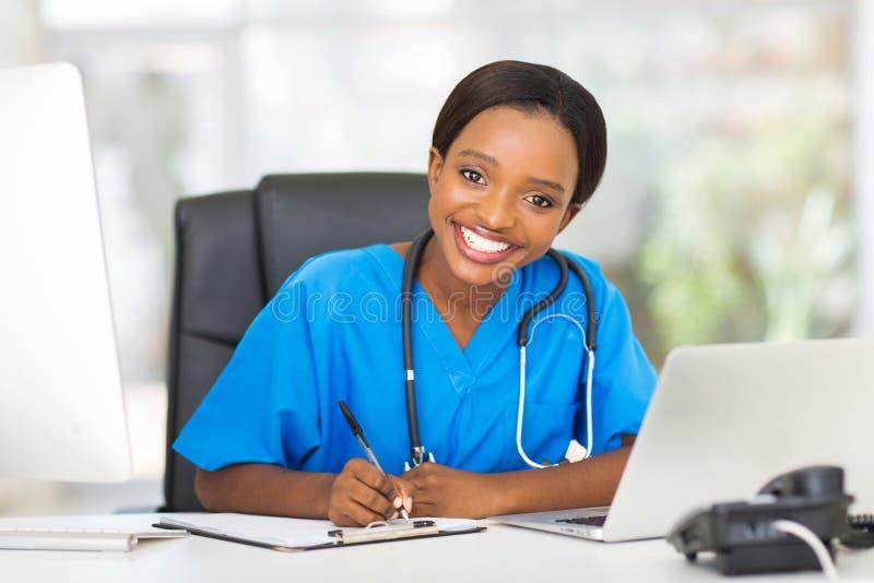 Żeński pielęgniarki biuro fotografia stock