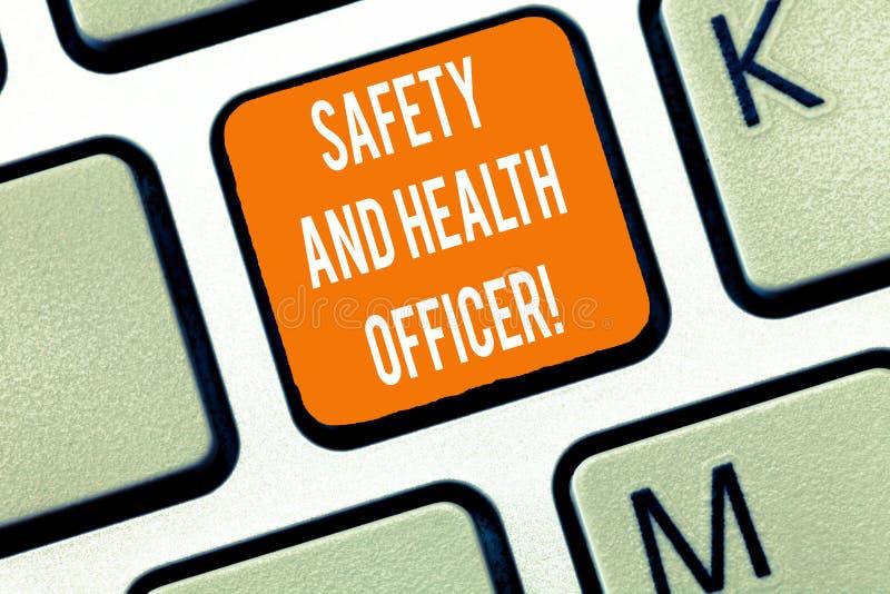 E Ασφαλής εφαρμοσμένη μηχανική βιομηχανικών εργατών ασφάλειας επίδειξης επιχειρησιακών φωτογραφιών στοκ φωτογραφία