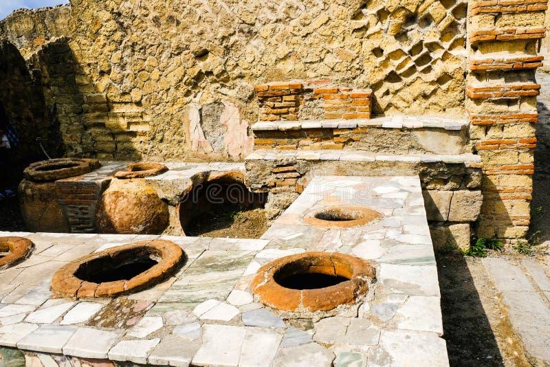 E Бар кухни в большой харчевне, Ercolano, Италии стоковая фотография