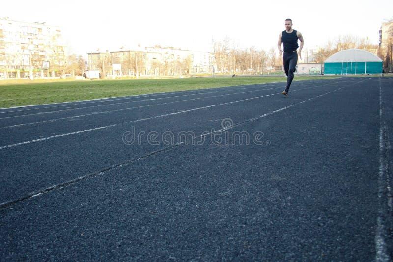 E бег на резиновом следе ( энергичный стоковое изображение