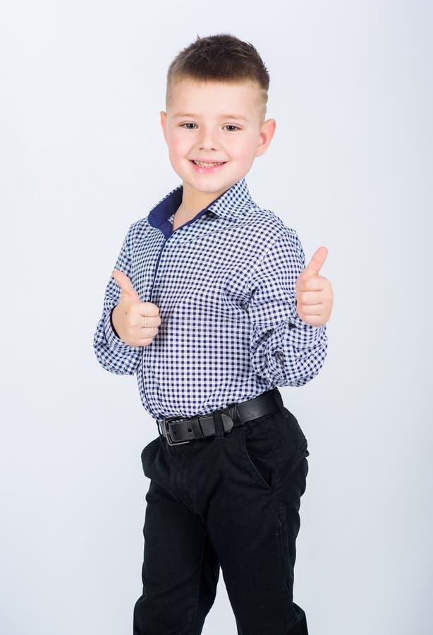 r Мода детей E Коммерческая школа Уверенный мальчик Воспитание и развитие Мальчик стоковые изображения