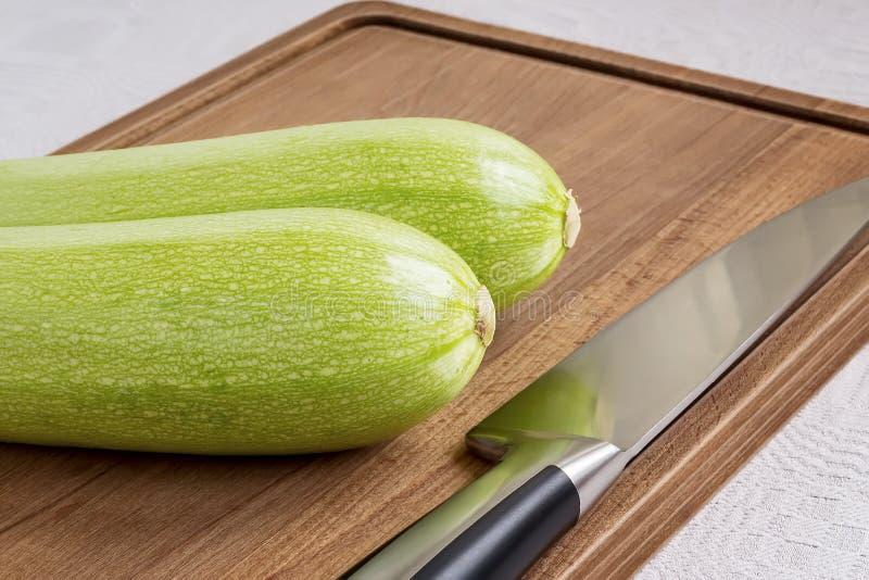 E Сварите дома Свежие овощи стоковая фотография rf