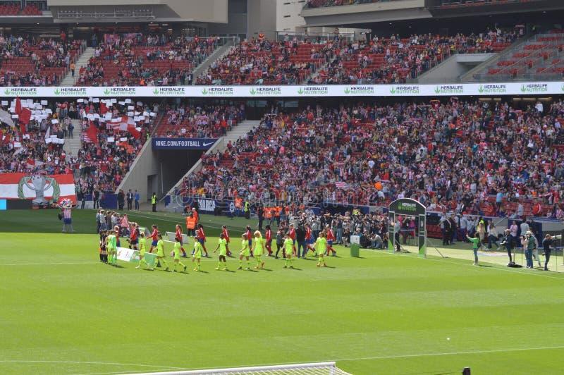 E Футбол женщин Atletico De Мадрид против клуба Барселоны Futbol Помощь мирового рекорда историческая публики к a стоковые фотографии rf