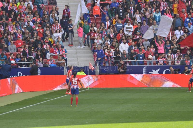 E Футбол женщин Atletico De Мадрид против клуба Барселоны Futbol Помощь мирового рекорда историческая публики к a стоковая фотография rf