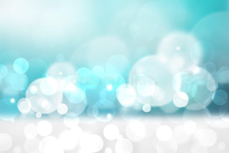 E 与天空蔚蓝的摘要明亮的热带白色沙滩和白色云彩和海洋 r 向量例证