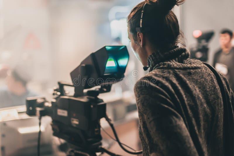 E 多台照相机 摄影师射击影片场面机智 免版税库存图片