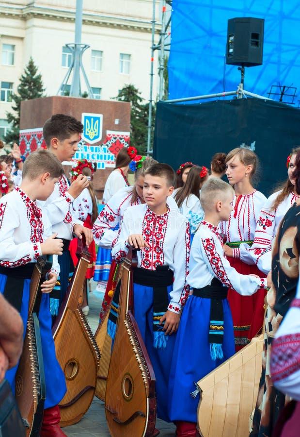 Херсон, Украина - 24 августа 2016 года: дети с музыкальными инструментами стоковое изображение rf