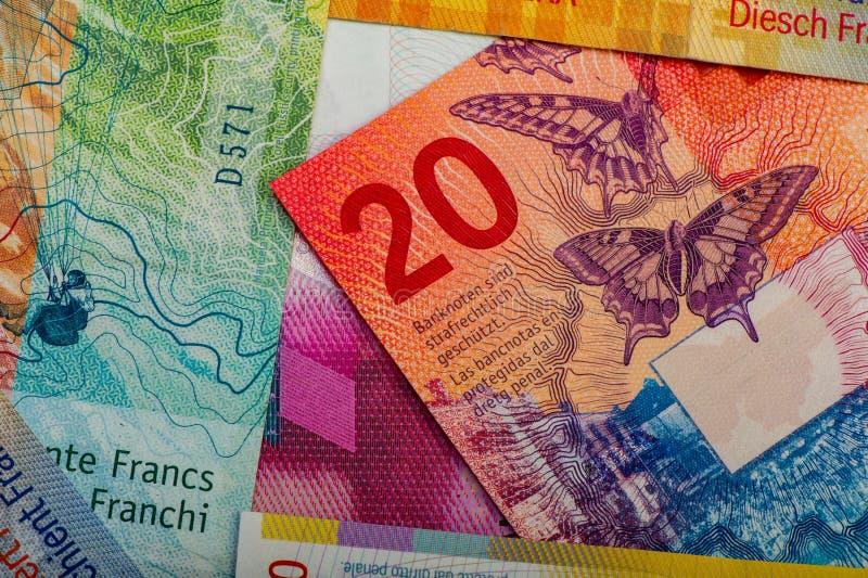 швейцарские банкноты - сбор старых и новых 20 франковых банкнот стоковое фото rf