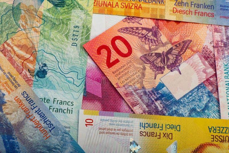 швейцарские банкноты - сбор старых и новых 20 франковых банкнот стоковое фото