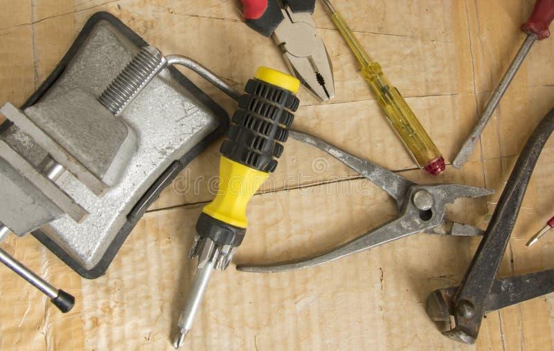 Маленькие портативные инструменты для отвертки порока для случайной очистки стоковые фотографии rf