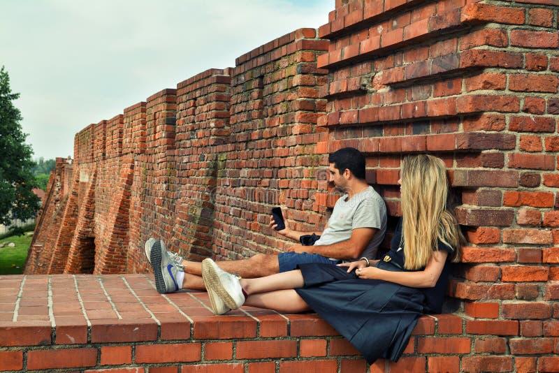 夫妇在华沙 免版税库存图片