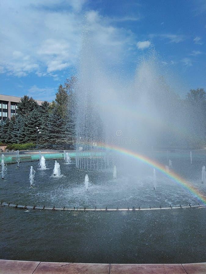 在正方形的喷泉 库存图片