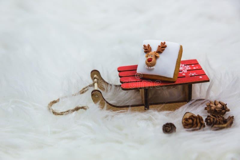 E Buon Natale - progettazione della cartolina o del manifesto immagini stock libere da diritti
