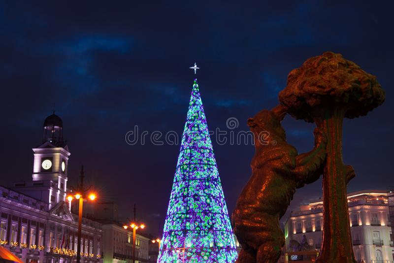 E Comune ed i clo famosi di Puerta del Sol immagine stock libera da diritti