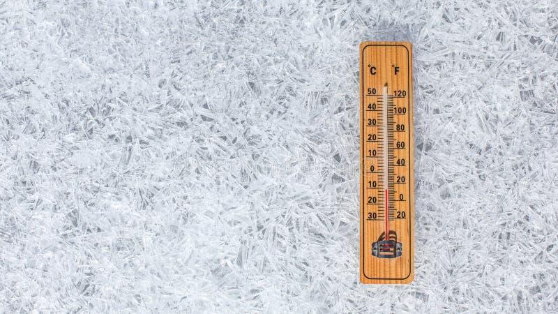 E Conceito do tempo do inverno imagens de stock royalty free