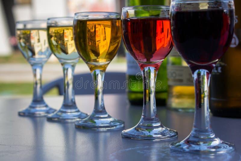 E E De reeks van de wijn Het concept van alcoholdranken royalty-vrije stock afbeelding
