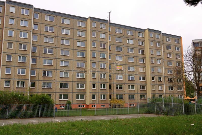 E Detalhe e teste padr?o arquitet?nicos de residencial social dos apartamentos em Jablonec, Rep?blica Checa fotos de stock royalty free