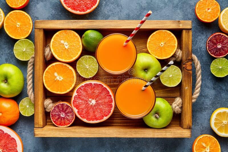 E Fruktmatbakgrund äta som är sunt anticyclonic royaltyfri fotografi