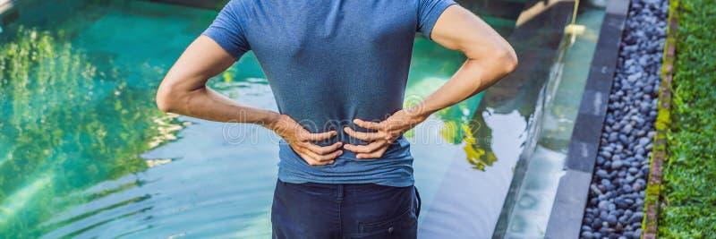 E La piscine aide avec la BANNIÈRE de douleurs de dos, LONG FORMAT image stock