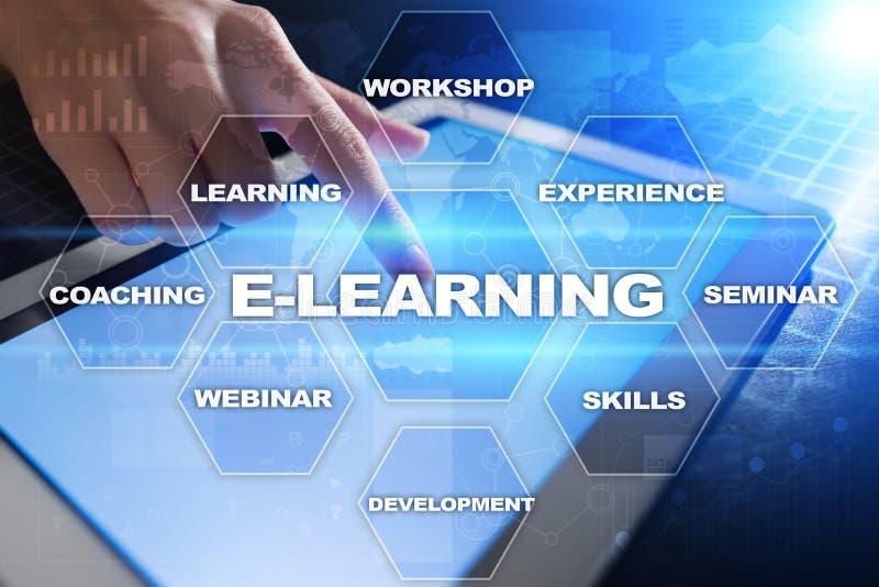 Download E-leert Op Het Virtuele Scherm Het Onderwijsconcept Van Internet Stock Illustratie - Illustratie bestaande uit concept, hoofd: 114225101
