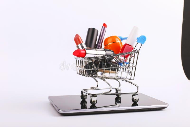 E Online sprzeda?y poj?cie zdjęcia royalty free