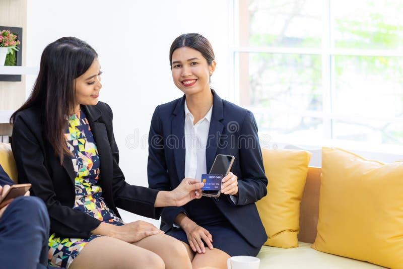 E-pagamento della carta di credito immagini stock libere da diritti