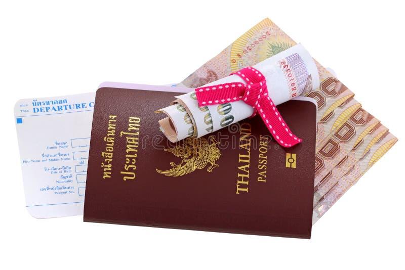 E-passeport thaïlandais avec l'argent et la carte de départ images stock